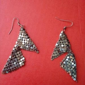 Vtg disco mesh 1980s pierced dangling earrings